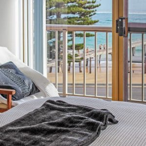 waterfront group stay bedroom